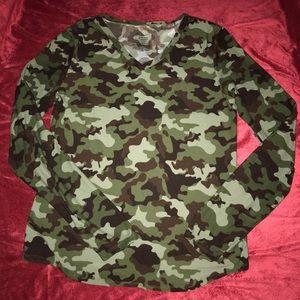 Tops - Camouflage long sleeve shirt, sz XL